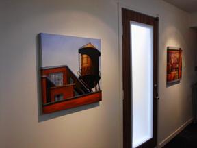 Voici une petite partie de la collection Gordon au siège social de Carmichael.
